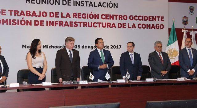 Kiko Vega ayuda en instalación de Comisión de Infraestructura de CONAGO